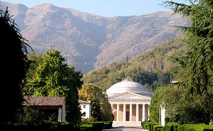 Villa scalabrini tra i colli della pedemontana veneta for Grandi piani di una casa da ranch di storia